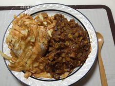 No.127 チキンと根菜炒めからのカレーに、揚げポテトを乗せた #キヌアごはん