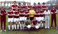 Retro Football, European Football, Ronald Mcdonald, Sports, Fictional Characters, Hs Sports, European Soccer, Fantasy Characters, Sport