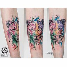 #lion #female #watercolor @watercolortattoos @hunchtattoo #tattoscute @guilleryan.arttattoo #hunchtattoo #sketch contacto: hunchtattoo@gmail.com by hunchtattoo