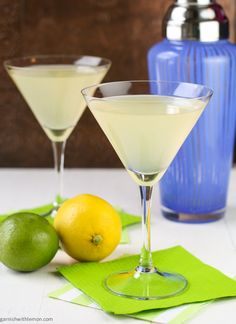 Elderflower Martini - hmm, made with gin and vodka instead of my usual gin and dry vermouth?? Have to give this one a try.....