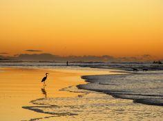 Amanecer en Playa El Cuco, San Miguel, El Salvador.