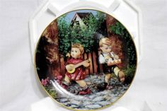"""M.I. Hummel """"Private Parade"""" Colletor Plate,Little Companions by Danbury Mint"""