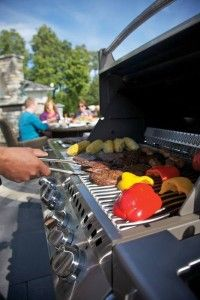 Stainless steel grills vs cast iron grills
