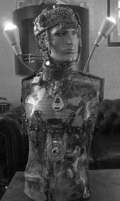 buste métal transformé en lampe