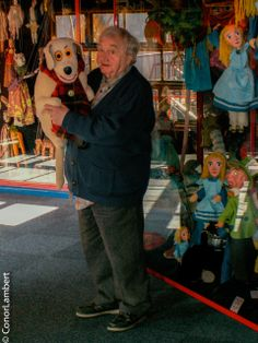 Eugene Lambert in 2007 in his family built puppet theatre. Puppet Theatre, Back In The Day, Puppets, Growing Up, Memories, Painting, Art, Art Background, Souvenirs
