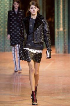 Sfilata Kenzo Paris - Collezioni Autunno Inverno 2013-14 - Vogue
