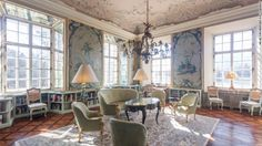 """The beautiful rococo Schloss Leopoldskron starred in """"The Sound of Music."""""""