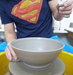 Pottery Kiln, Pottery Handbuilding, Pottery Tools, Pottery Sculpture, Pottery Plates, Thrown Pottery, Glazes For Pottery, Ceramic Pottery, Ceramic Fruit Bowl