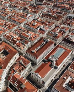 Your Lisbon Accommodation Search Made Easy: 10 Top Hotels in Lisbon, Portugal Top Hotels, Best Hotels, Most Beautiful Cities, Wonderful Places, Lisbon Accommodation, Rooftop Restaurant, Dream City, Europe, Aerial View