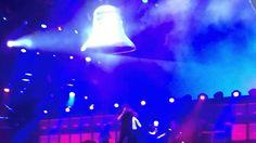 Hell's Bells - Concert AC/DC Stade de France 26/05/2015 J'en ai fais des concerts mais celui-ci restera gravé dans ma mémoire ...AC/DC In rock we trust !!