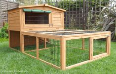 Windsor Hutch with Run If you are looking to maximize the amount of space your pet rabbit or guinea pig will have access to and you love the clever design of the popular Windsor Hutch then look no further than the Windsor Hutch With Run. Rabbit Hutch W Ferret Cage, Rabbit Hutches, Pet Rabbit, Outdoor Furniture Sets, Outdoor Decor, Clever Design, Your Pet, Shed, Backyard