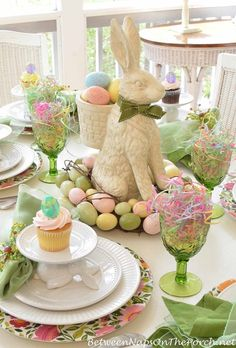 Really Simple Easter Place Settings.   Wedding Flowers   Pinterest ...