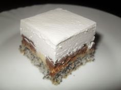 Erzsébet királyné tortája, avagy a Sissi süti :) Nálunk nagyon sokszor készül ez a süti, mert a család nagy kedvence. Aki eddig kós... Poppy Cake, Hungarian Recipes, Hungarian Food, Cookie Desserts, Sweet And Salty, Cake Cookies, Food Porn, Food And Drink, Yummy Food