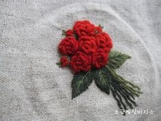 Embroidered Roses, Sewing Art, Needlework, Embroidery, Creative, Flowers, Dressmaking, Needlepoint, Couture