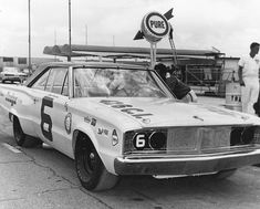 Nascar Cars, Dodge Coronet, Old Race Cars, Vintage Race Car, Mopar, Car Pictures, Cars And Motorcycles, Muscle Cars, Cool Cars