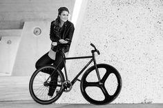 Do you have a Cycling date This weekend?  #weekend #speeddating #jbike #jeeo #bicycle #singlespeed #bicicleta #roadbike #fixiebike #singlespeed #steelbike #cycling #bici #bicycling #artivelo #igerscycling #stravacycling #cycle #cyclocross #cyclinglife #bikecafe #wegirscycling #cyclecafe #bikesandcoffee #instabike #instacycle #singlespeed #fixedgear #fixiegram #fixiefamous #urban #urbanlife