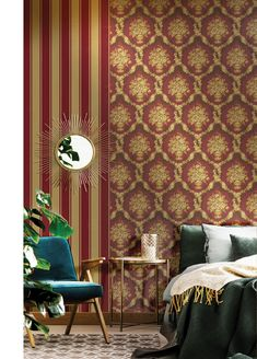 Red, the colour of fire and blood, a colour that ignites an array of emotions. From feelings of passion to associations with aggression and even danger. This is a perfect accent colour. Damask Wallpaper, Wallpaper Paste, Modern Wallpaper, Wallpaper Online, Colors Of Fire, Golden Life, Gold Pattern, Accent Colors, Wall Art