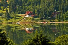 Colibita Lake, Bistrita-Nasaud, Romania (by Calin Crestin) Beautiful Places To Visit, Oh The Places You'll Go, Wonderful Places, Visit Romania, Family Getaways, The Good Place, Around The Worlds, Explore, Landscape