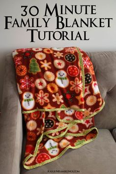 Great neighbor gift a huge blanket for everyone to snuggle under. Super easy sewing project from @raegun