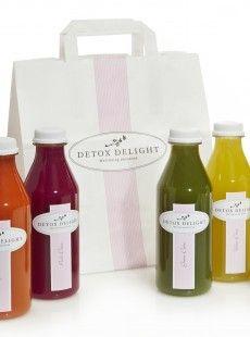 Detox Delight, c'est une société qui livre des cures détox 100% fruits et légumes : jus, mix de jus, soupes et petits plats végétaliens sans gluten, et tout cela préparés avec soin. Tout de suite, zoom sur les une marque detox par excellence !
