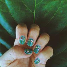 Anna Rifle Bond inspired nail art #annariflebond #nailart