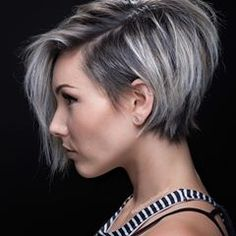 43 Trendy And Easy Short Hairstyle For Prom And Work For Fall And Winter - Haircut 02 𝕲𝖔𝖗𝖌𝖊𝖔𝖚𝖘 𝕾𝖍𝖔𝖗𝖙 𝕳𝖆𝖎𝖗 𝕾𝖙𝖞𝖑𝖊 Hope You Love this Collection ! 𝕲𝖔𝖗𝖌𝖊𝖔𝖚𝖘 𝕾𝖍𝖔𝖗𝖙 - September 21 2019 at Very Short Hair, Short Hair Styles Easy, Short Hair Cuts, Curly Hair Styles, Natural Hair Styles, Pixie Cuts, Edgy Pixie, Long Pixie, Graduated Bob Hairstyles