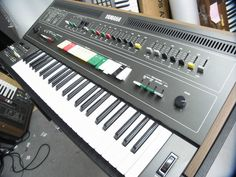 MATRIXSYNTH: Vintage Yamaha CS-50 Synthesizer