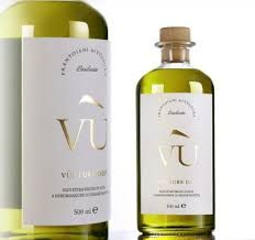 A new identity and packaging for Olio Vù, the first Vulture DOP in Basilicata. Concept & Design by Hangar Design Group Brand Packaging, Packaging Design, Olives, Olive Oil Brands, Olive Oil Packaging, E 500, Branding, Oil Bottle, Bottle Design