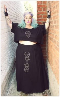 Domino Dollhouse Crop Top Goddess #plussizefashion #plussizeblogger
