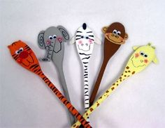 wooden spoon puppets. -  Pinned for Kidfolio, the parenting mobile app that makes sharing a snap. #puppets #diy