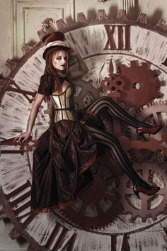 Steam up your Halloween with these steampunk costume ideas for women and men. You can either play it safe and pick a complete costume like our favorites below, Steampunk Couture, Mode Steampunk, Style Steampunk, Victorian Steampunk, Steampunk Clothing, Steampunk Fashion, Gothic Fashion, Style Fashion, Steampunk City