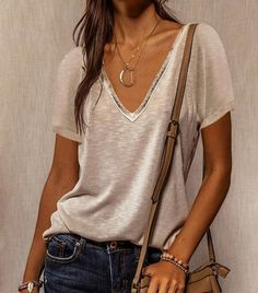 Loose Tank Tops, Urban Fashion Women, Elegant Outfit, Elegant Dresses, Casual T Shirts, V Neck Tops, Lingerie, Dresser, Clothes