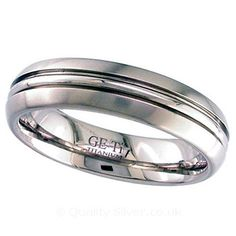 Geti Domed Band Titanium Ring