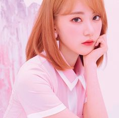 Image discovered by 맨디. Find images and videos about kpop, sakura and on We Heart It - the app to get lost in what you love. Yuri, Kpop Girl Groups, Kpop Girls, Jaehyun, Eyes On Me, Sakura Miyawaki, Best Photo Poses, Japanese Girl Group, Kim Min