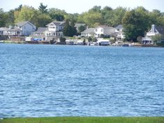 Oakland County lakefront properties