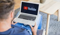 Video creators often make the mistake of not looking into their analytics frequently. This practice can hamper video views and engagement on many levels. Power Of Social Media, Social Media Tips, Social Media Influencer, Influencer Marketing, Online Earning, Make Money Online, Increase Youtube Views, Budget Tracking, Making Your Own Website