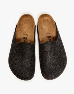 these would be great slippers    Birkenstock Amsterdam