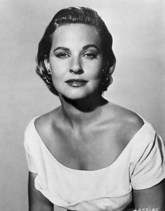 Lola Albright Lola Albright, Actors & Actresses, Female Actresses, Old Tv Shows, Old Hollywood, Golden Age, American Actress, Film, Lady