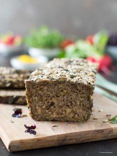Glutenfreies Low Carb Körner-Brot Flaxseed Flour, Almond Flour, Psyllium, Bread Ingredients, Low Carb, Caraway Seeds, White Wine Vinegar, Ground Almonds, Ober Und Unterhitze
