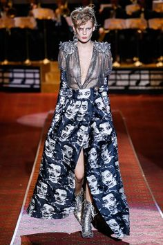 Marc Jacobs Spring 2016 Ready-to-Wear Fashion Show - NY