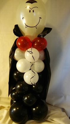 """Our pale faced Dracula, perfect for Hotel Transylvania parties! """"Party Rentals"""" """"PJs Rentals"""" """"Rental Images"""" """"Party Equipment"""" """"Event Rentals"""" """"Ballo… - New Deko Sites Easy Halloween Decorations, Easy Halloween Crafts, Halloween Activities, Halloween Party Decor, Balloon Decorations, Halloween Kids, Balloon Centerpieces, Masquerade Centerpieces, Wedding Centerpieces"""