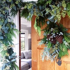 Entrez Vous - How Interior Designers Decorate For The Holidays - Photos /  Entrez Vous Ohara Davies-Gaetano's handmade garland is the definition of holiday décor goals.
