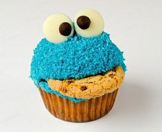 Cookie monster cupcake.