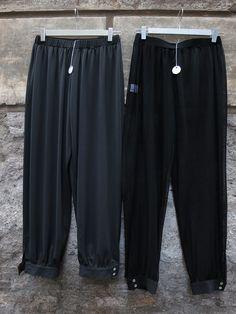 Pantaloni da sotto, grigi e neri