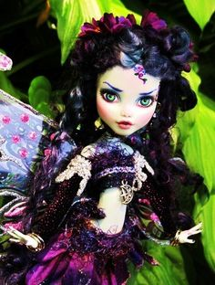 This has got to be one of the most beautiful Custom Monster High dolls I have seen Ever!!!