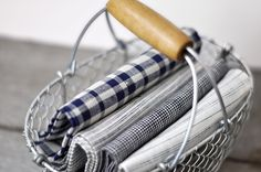 Linen kitchen towels: Yumiko Sekine, Fog Linen/Neëst