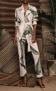 Get inspired and discover Johanna Ortiz trunkshow! Shop the latest Johanna Ortiz collection at Moda Operandi. Look Fashion, Fashion Outfits, Womens Fashion, Fashion Design, Mood Designer Fabrics, Style Kimono, Suit Fabric, Casual Chic, Lounge Wear