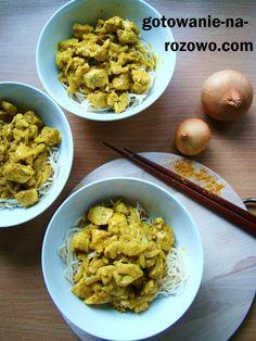 Kurczak z curry i mleczkiem kokosowym na makaronie.  www.gotowanie-na-rozowo.com