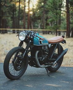45 Best Ideas of Cafe Racer Motorcycle Designs - Awesome Indoor & Outdoor Cafe Racer Honda, Cafe Bike, Cafe Racer Bikes, Cafe Racer Motorcycle, Motorcycle Design, Cafe Racer Helmet, Cafe Racer Style, Motorcycle News, Blitz Motorcycles