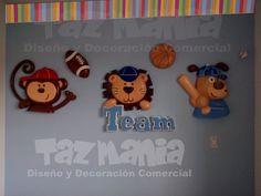 Decoración Habitación infantil tema deportes bebe con aplicaciones de figuras relacionadas con el tema.Las aplicaciones son talladas en icopor con proceso de endurecido con lo cual se logra dar un acabado plástico y durabilidad.